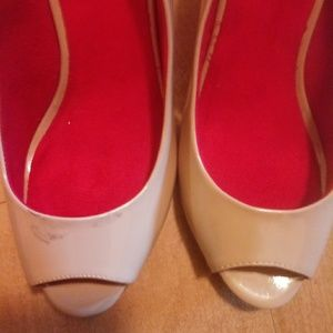 CL by Chinese Laundry Sz 9M Wedge Pumps Open toe